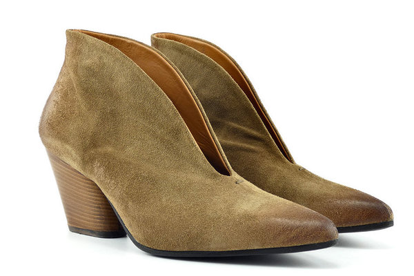 Thea Mika Ankle Pumps Camel